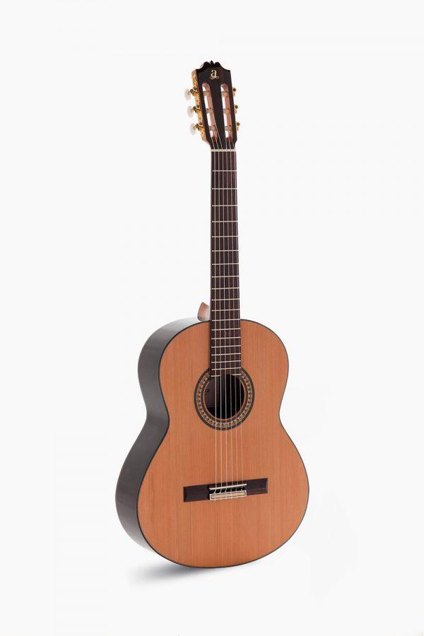 Guitarra Admira A4 Serie Artesanía