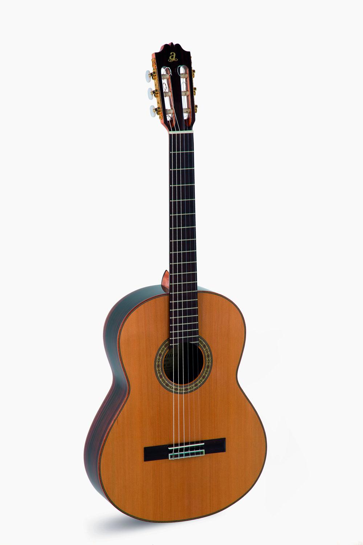 Guitarra Clasica Admira A10 Serie Artesania