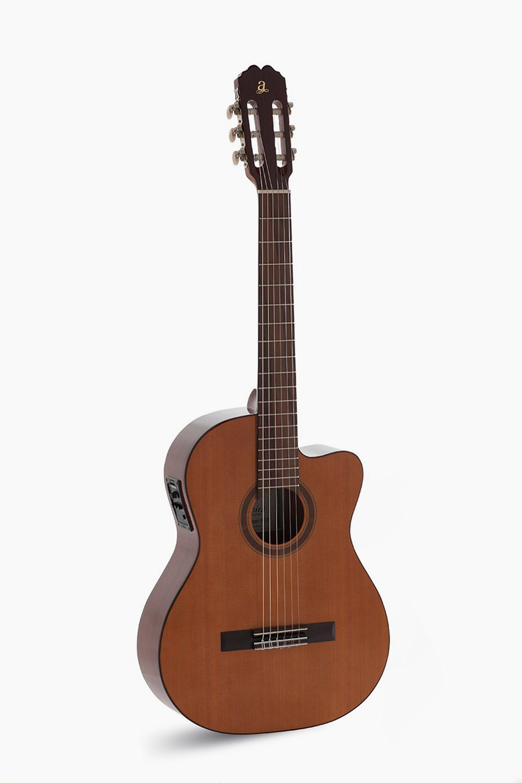 Guitarra Admira Amplificada Cutaway Málaga
